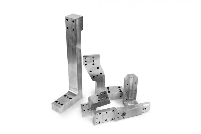 Automotive_parts_26-2--21c83c6ca263427c9b828a11f85f754d.jpg